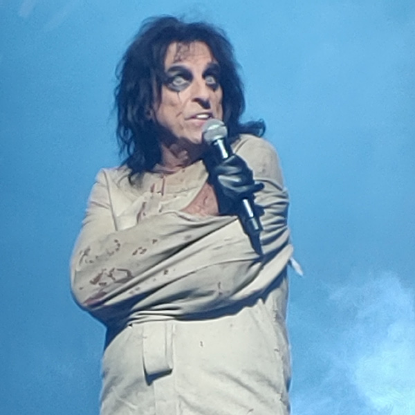 Ol' Black Eyes Is Back (Melbourne, FL, 11/5/19)